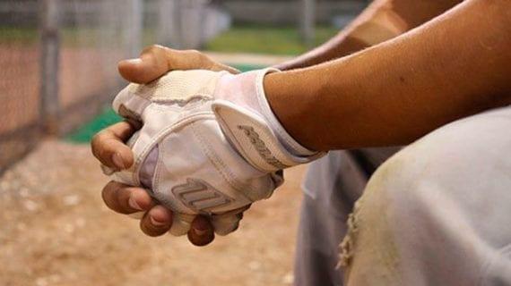 Baseball's big free-agent balk